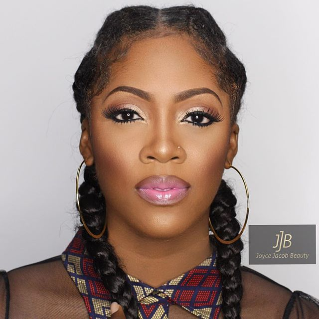 Divalicious Tiwa Savage at #GidiFest2016 – still going strong –