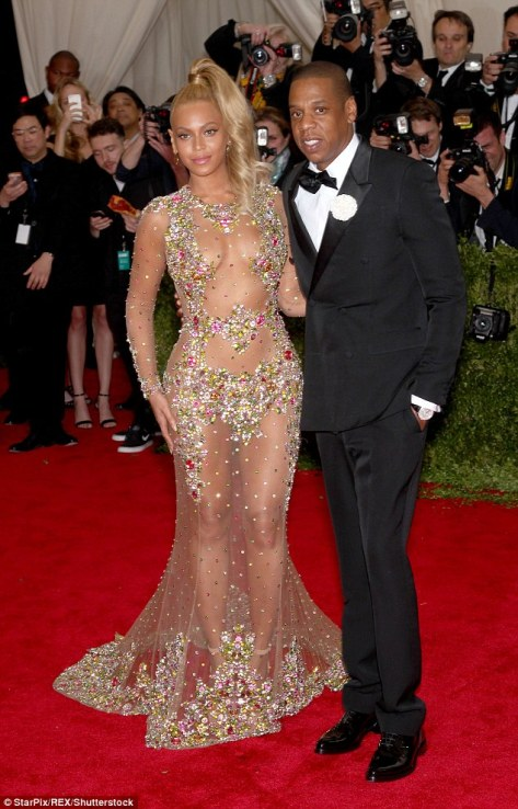 337EBFA200000578-3556292-Beyonce_and_Jay_Z_pictured_together_at_the_Met_Ball_last_year_ma-m-47_1461520002584