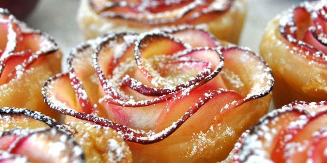 Foodie Corner: Apple Rose Pastry Dessert