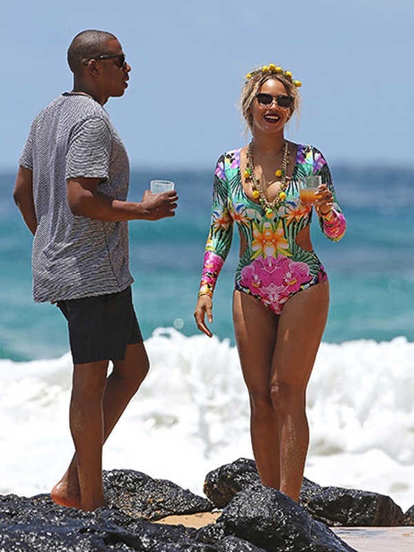 #Summergoals:   Jayz , Beyonce and Ivy are off on a 'Lemonade' Vacation In Hawaii for a little R& R