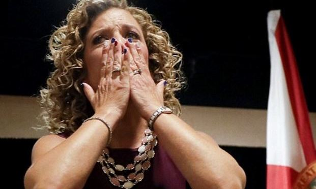Debbie Warsserman Schultz : Knowing when to leave the stage – Email leaks and the speech that shouldn't have taken place
