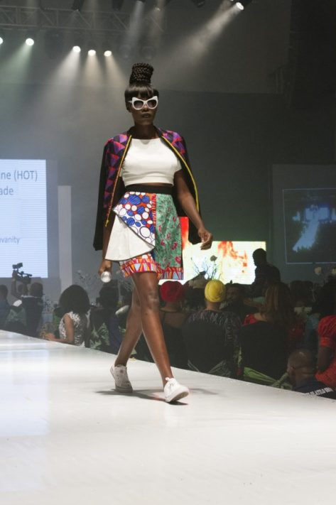 Yemi-Alade-House-of-Tangering-HOT-Africa-Fashion-Week-Ngeria-AFWN-July-2016-BellaNaija0003-600x900