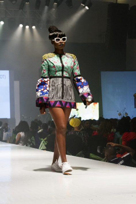 Yemi-Alade-House-of-Tangering-HOT-Africa-Fashion-Week-Ngeria-AFWN-July-2016-BellaNaija0017-600x900