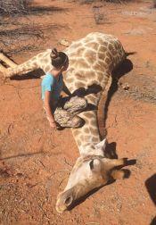 Giraffe-girl (4)