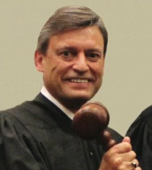 37C47C5200000578-0-_Sad_Florida_Chief_Justice_Jorge_Labarga_said_it_was_a_sad_day_f-a-63_1472670882519