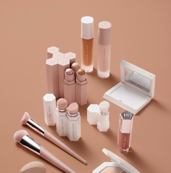 What-Rihanna-Fenty-Makeup